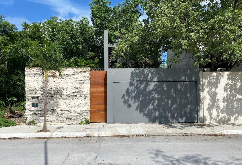 """Casa de 3 recamaras """"El Pedregal"""" Playa del Carmen"""